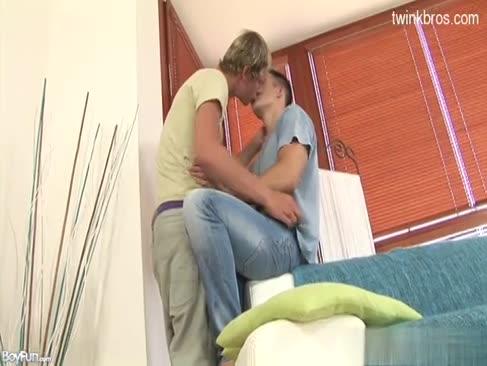 Yevro sekis lezbiyanka xxx