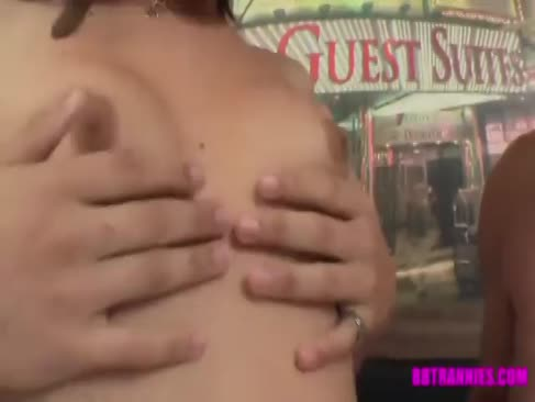 Xxx. uz seks video .безплатние дед и невестка
